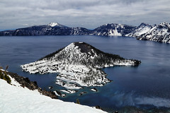 Crater Lake (erichudson78) Tags: usa oregon craterlake lac lake paysage landscape canoneos6d canonef24105mmf4lisusm grandangle wideangle craterlakenationalpark eau water snow neige nature 7dwf ile island montagne mountain