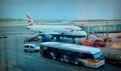 British Airways - Barajas (Pablo C.M || BANCOIMAGENES.CL) Tags: airbus barajas madrid bristishairways