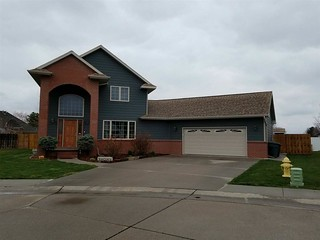 Have A Look At This Charming 4 Bedroom, 3 Bath Home Located In North Platte, Ne. Mls# 21144