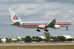 N39365 American Airlines 767-300 (Centreline Photography) Tags: airport runway plane planes aeroplane aircraft planespotting canon aviation flug flughafen airliner airliners spotting spotters airplanes airplane flight centrelinephotography chrishall miami miamiairport florida kmia usa america mia