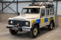 Police Scotland Land Rover Defender 110 Mountain Rescue Unit (PFB-999) Tags: police scotland ps land rover defender 110 4x4 mountain rescue team car vehicle unit grilles searchlight leds sf08dvz