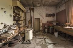 DSC_8440-HDR (Foto-Runner) Tags: urbex lost decay abandonné boulangerie