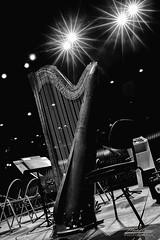 Star harp ! (mg photographe) Tags: musique instrument concert classique républicaine garde dijon zénith monochrome 35mm sigma