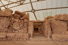 Mnajdra, Malta UE (LeszekZadlo) Tags: ruins archaeology mediterraneo mediterran island stones old ancient history historical unesci whs worldheritagesite europe eu ue