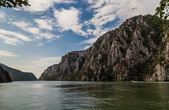 The danube gorge (dorinser) Tags: serbia romania natural border danubegorge danube