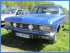 Opel Diplomat B, 1977 (v8dub) Tags: opel diplomat b 1977 allemagne deutschland germany german gm niedersachsen debstedt pkw voiture car wagen worldcars auto automobile automotive youngtimer old oldtimer oldcar klassik classic collector