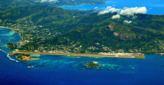 Mahe airport (vic_206) Tags: fromtheair fromwindowseat maheairport seychelles