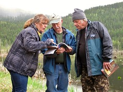 Which wetland class is this? (BC Wildlife Federation's WEP) Tags: salmo senioratvclub workshop training education wetland wep bcwf gps