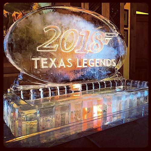 We used our #licensetochill for the @utgolfclub #texaslegends #event this past weekend. #fullspectrumice #seafooddisplay #hookem #thinkoutsidetheblocks #brrriliant - Full Spectrum Ice Sculpture