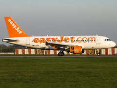EasyJet | Airbus A319-111 | G-EZAL (Bradley's Aviation Photography) Tags: egss stn stanstedairport stansted london londonstanstedairport londonstansted canon70d essex lowcost lca lcc aircraft air aviation airplane airport aeroplane plane avgeek aviationphotography spotting easyjet airbusa319111 gezal a319