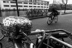 Bell & Bikes (122/365) (Walimai.photo) Tags: black white street calle robado candid bw byn branco preto blanco negro lx5 lumix panasonic amsterdam holanda nederlands canal channel bell timbre water agua rain lluvia