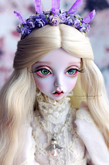 Elune (Calfuraay) Tags: doll dolls bjd bjds balljointeddoll balljointeddolls photography photo photos portrait peaks woods peakswoods foc hunkydory hunky dory lavenderpink lavender pink skin blonde synthetic wig dress outfit oscardoll oscareyes oscar eyes 16mm