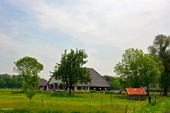 Landscape Farmhouse (JaapCom) Tags: jaapcom landscape farmhouse dutchnetherlands trees holland wezep nikond5100 18105mm