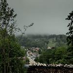 Tief hängen die Wolken über Schönmünzach (sonst scheint hier immer die Sonne!) thumbnail