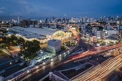 bangkok scape (Flutechill) Tags: night traffic cityscape street asia highway transportation urbanscene road car multiplelanehighway architecture urbanskyline bangkok dusk speed business thailand downtowndistrict city travel citylife cloudsky longexposure bangkokrailway bangkokrailwaystation