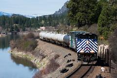Gas Train Curving Along The Clark Fork (PNW Rails Photography) Tags: thompsonfalls montana unitedstates mrl rail link sd70ace gas train emd clark fork river