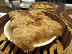 ComicCon Dim Sum1 (annesstuff) Tags: annesstuff comiccon calgary silverrestaurant dimsum chinesefood dumplings pork beancurd