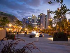 Singapore - Esplanade (Saaliahc) Tags: singapore singapur city colors citylights omdm5 outdoor