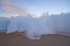 IMG_1152A (Aaron Lynton) Tags: wave waves shorebreak cano canon 7d maui hawaii summer fu fun schools out spl