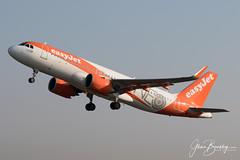 4B9A8693 A320-251N G-UZHA EGCC 180519 copy (Glenn Beasley) Tags: guzha easyjet egcc ringway neo a320neo airport manchester airline aircraft