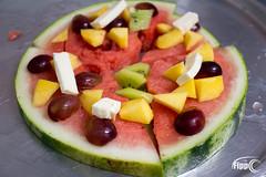 making a fruit pizza (Fippo Gomes) Tags: canon fruit frutas healthyfood melancia pizza watermelon weeklythemes freetheme freshandfruity