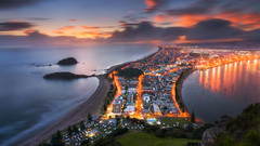 Manganui Fire (Dylan Toh) Tags: hawkesbay appendicitis beach dylantoh everlook hike landscapephotography mountmanganui napier newzealand northisland tauranga