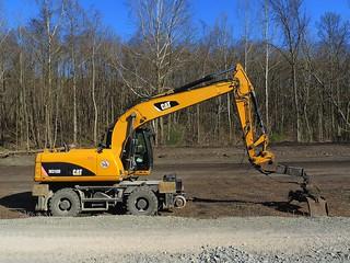 Caterpillar M318D Wheeled Excavator Hi-railer (2)