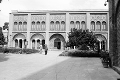 Golestan Palace (mesutsuat) Tags: iran tehran pentax k1000 fujifilm acros 100 fuji blackwhite 35mm film analog negative middle east