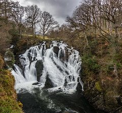 Swallow Falls - Snowdonia (Kadu Flyer) Tags: swallowfalls snowdonia wales waterfall betwsycoed trees water river rocks sonyrx100m4