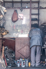 repair shop? (M00k) Tags: marokko marrakech repairshop moto medina person
