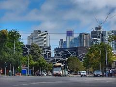 Melbourne B-class tram (sander_sloots) Tags: yarratrams melbourne tram bclass skyline road australia comeng abb lampposts cars trees ptv lantaarnpalen weg bomen cityscape
