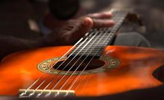 Chroniques cubaines 19 (chriskatsie) Tags: music musique cuba linda guitare guitar cordes atmosphere ambiance nonchalance lumière light trinidad sound son song voice voix