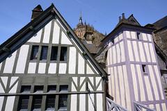 Mont-St-Michel - Normandie (2) (Cri.84) Tags: normandie montsaintmichel colombage abbaye maison