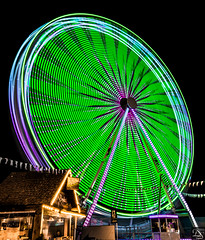 Ferris wheel (schda22) Tags: deutschland germany bayern bavaria oberpfalz upperpalatinate frühlingsfest riesenrad ferriswheel longexposure flickrfriendtour fun night colour