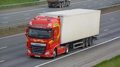 SIG 1726 (panmanstan) Tags: daf xf wagon truck lorry commercial international irish freight transport haulage vehicle a1m fairburn yorkshire