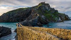 Gaztelugatxe (JØN) Tags: sony rx10iii rx10m3 spain espana gaztelugatxe dragonstone gameofthrones sea ocean bridge stone dragon sunset goldenlight basque coast landscape