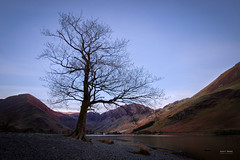 Buttermere Blue (Geoff Moore UK) Tags: dawn dusk lake cumbria lakedistrict lakewater reflections mountains fells stars