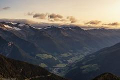 Un attimo ed è giorno (cesco.pb) Tags: valleaurina sudtirol altoadige alps alpi canon canoneos60d tamronsp1750mmf28xrdiiivcld montagna mountains speikboden alba sunrise dawn