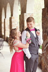 (jemappelle.adam) Tags: prom promdress prom2018 pink hotpink couple teens teenager smile love blonde blueeyes fun spring springtime inlove canon 70d canon70d boy girl dance highschool dress personality heels pretty