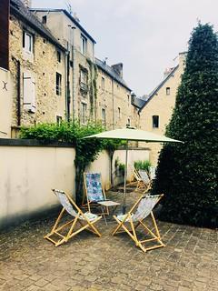Vous prendrez bien un petit café ? Petite pose à Bayeux..