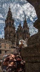Santiago_de_Compostela_038 (byJMdF) Tags: 2011 año canoneos30d coruña cámara eventos lugares santiagodecompostela viaje galicia españa luz natural catedral iglesia sky cielo clouds nubes religion catolico