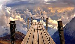 escursionisti esperti (art & mountains) Tags: montagne cime vallata bridge ponte sentiero path salto trampolino volare sognare cielo nuvole natura silenzio contemplazione vision dream spirit trascendentale infinito vagabondi dharma sospensione introspezione poesia letteratura picture