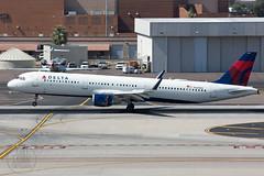 Delta A321 N329DN (KoryC757) Tags: deltaairlines airbus a321 phoenix skyharbor arizona phx n329dn