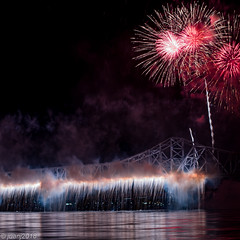 Thunder Over Louisville Fireworks (JuanJ) Tags: louisville kentucky unitedstates us fireworks nikon d850 lightroom art bokeh nature lens light landscape white green red black pink sky people portrait location architecture building city iphone iphoneography square squareformat instagramapp shot awesome supershot beauty cute new flickr amazing photo photograph fav favorite favs picture me explore interestingness wedding party family travel friend friends vacation beach bluegrass 2018 thunder thunderoverlouisville derby pegasus