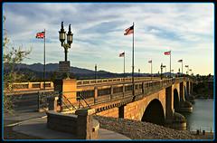 London Bridge, Lake Havasu City (USA) (LOMO56) Tags: lakehavasucity lakehavasu londonbridgelakehavasu lakehavasucityarizona brücken brückenbauwerke historischebrücken brückenrekonstruktionen