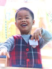 LiveABC Demo 162 (C & R Driver-Burgess) Tags: language children kids small kindergarten preschool class teachers colour learn draw girl boy little face hands eye sister brother 孩子 女儿 儿子 弟弟 兄弟 妹妹 老师 班 教室 英语 课 学生 小姐 很小 漂亮 很帅 可爱 cute pretty portrait