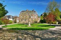 P1610273 (lychee_vanilla) Tags: basiliquenotredamedebonsecours basilique notredame monumentjeandarc jeandarc bonsecours normandie france