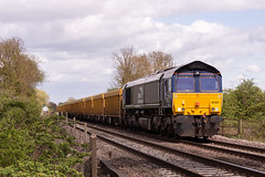 Class 66 - 66302 (The_Anorak) Tags: diesel locomotive british rail railways freight goods claymills staffordshire burtonupontrent england unitedkingdom uk greatbritain gb thursday 26th april 2018 66302 drs directrailservices 6u77 mountsorrel crewe ballast engineers infrastructure class66 shed generalmotors gm electromotivediesel emd type5