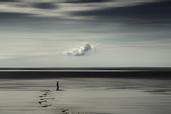 black line (Dyrk.Wyst) Tags: normandie france frankreich coast landscape lowtide sand cloud abstract manipulation male blur motion desaturated solitude zigzag sky minimalism black horizon behance