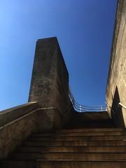 Blue Sky & Brutalism (Ronald Hackston) Tags: blue sky brutalist southbank waterloo bfi nft haywardgallery waterloobridge london england uk ronniehackston building stairway bridge
